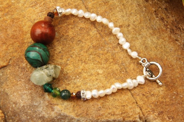 earth pearl bracelet