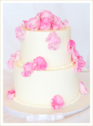 Sweet Pea Buttercream Cake